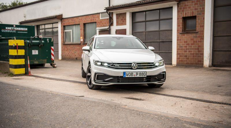 Volkswagen VW Passat R Line GTE Passat Alltrack 2020 im Test und Fahrbericht AUTOmativ.de Benjamin Brodbeck Ilona Farsky 30 800x445 - Fahrbericht VW Passat GTE Variant (2019): Elektro-Komfort-Dynamiker