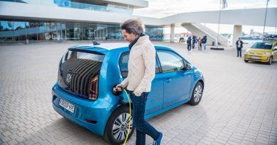 Volkswagen VW e up 2020 Elektroauto im Test und Fahrbericht 75 390x205 - Ratgeber Elektroautos: Ladegeschwindigkeit wichtiger als Ladeleistung