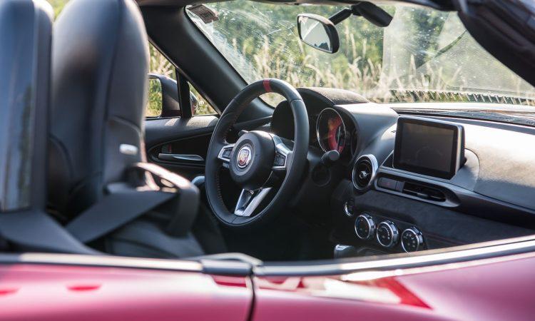 Abarth 124 Spider Test Fahrbericht AUTOmativ.de Benjamin Brodbeck Ilona Farsky Stefan Emmerich 718 Boxster Mazda MX 5 LQ 32 750x450 - Fahrbericht Abarth 124 Spider: Offen durch den Spätherbst!