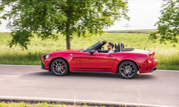 Abarth 124 Spider Test Fahrbericht AUTOmativ.de Benjamin Brodbeck Ilona Farsky Stefan Emmerich 718 Boxster Mazda MX 5 LQ 50 750x450 - Test: Kann der Abarth 124 Spider auch Gebrauchtwagen? - Vergleich Mazda MX-5 (2002)