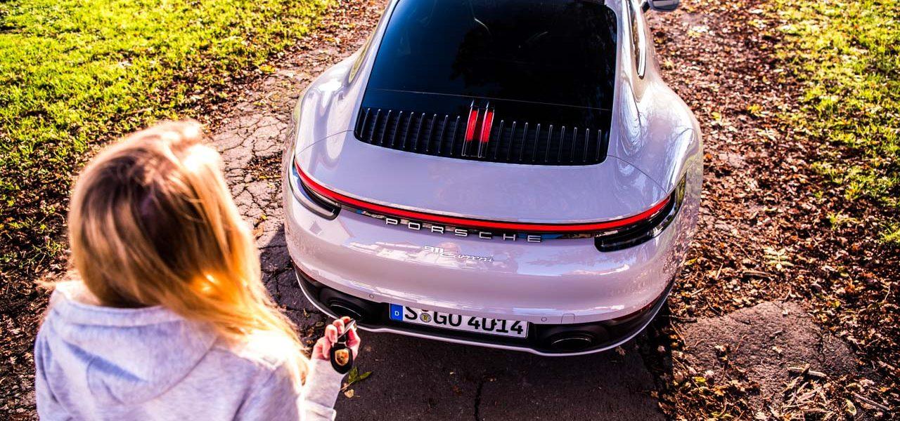 Porsche 911 Carrera 992 im Test und Fahrbericht AUTOmativ.de Benjamin Brodbeck Pia Lehmann 115 1280x600 - Fahrbericht Porsche 911 Carrera (992): Basis-Elfer überhaupt nicht Basis