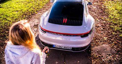 Porsche 911 Carrera 992 im Test und Fahrbericht AUTOmativ.de Benjamin Brodbeck Pia Lehmann 115 390x205 - Fahrbericht Porsche 911 Carrera (992): Basis-Elfer überhaupt nicht Basis