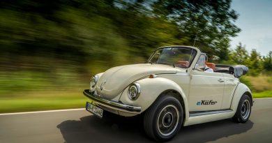 Volkswagen eKaefer Oldtimer Elektrifizierung 5 390x205 - Sinnfreiheit Deluxe: Elektrifizierung von Oldtimern - eKäfer & Co.