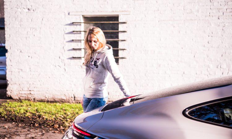 Porsche 911 Carrera 992 im Test und Fahrbericht AUTOmativ.de Benjamin Brodbeck Pia Lehmann 102 750x450 - Fahrbericht Porsche 911 Carrera (992): Basis-Elfer überhaupt nicht Basis