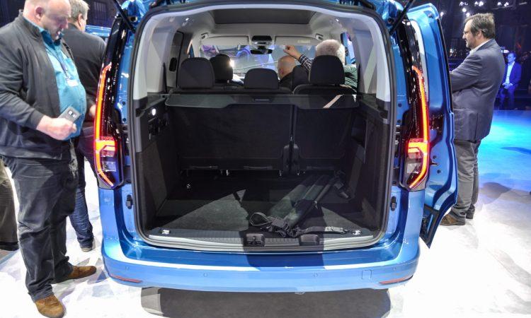 VW Caddy 2020 Weltpremiere 11 750x450 - VW Caddy 5 (2020): Das Alltagswerkzeug in neuem Mantel