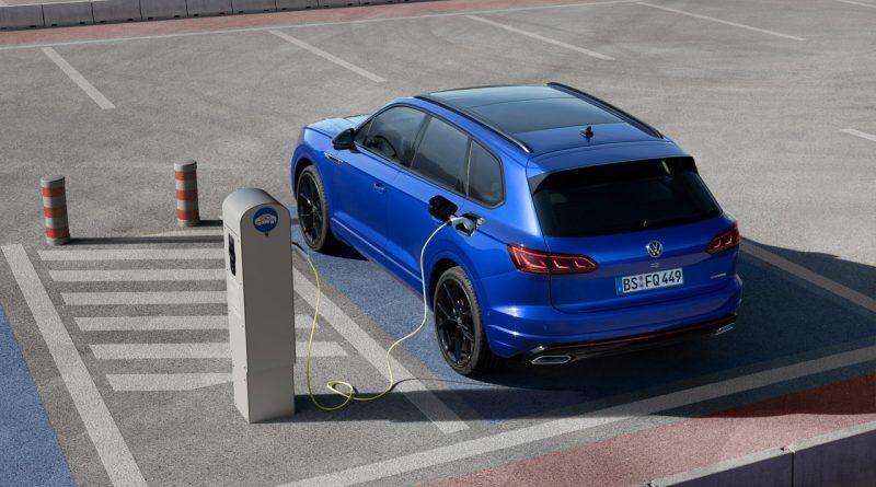 VW Touareg R 12 800x445 - Das ist der neue VW Touareg R mit Porsche-Hybrid und 462 PS!