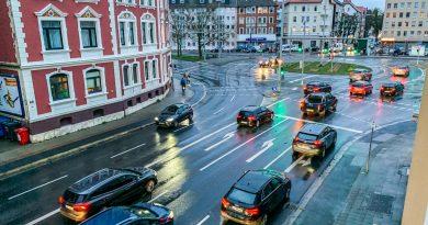 Kohlendioxid-Party 3.0: CO2-Ausstoß bei Autos steigt weiter an
