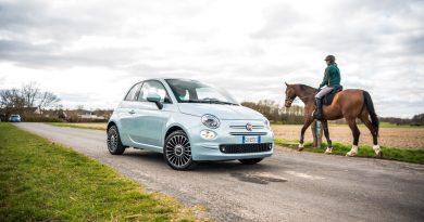 Fiat 500 Hybrid 2020 im Fahrbericht und Test AUTOmativ.de 31 390x205 - Fiat 500 Hybrid im Fahrbericht: Passt Hybrid zum 500er?