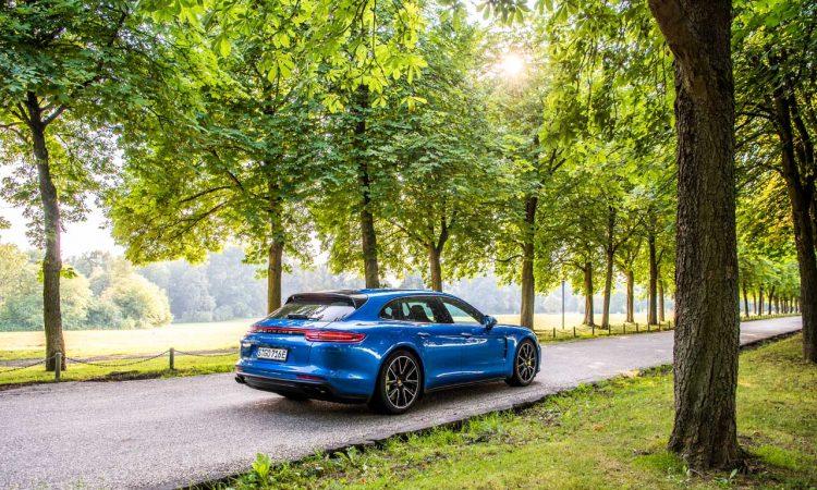 Porsche Panamera Turbo S e hybrid 2018 750x450 - 230k Porsche Panamera Turbo S e-hybrid 2020: Technik und Optionen für 680 PS Exklusivität