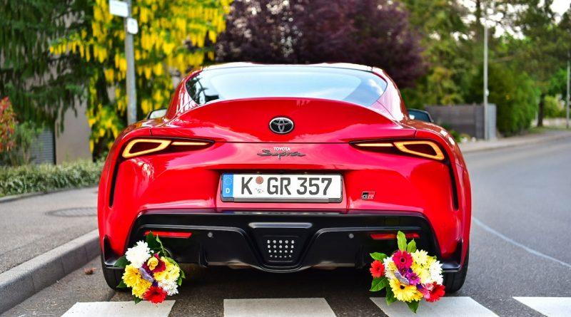 """Toyota Supra 3.0 im Test und Fahrbericht AUTOmativ.de Muttertag Benjamin Brodbeck 18 800x445 - Mit der Supra niemals: """"Don't be late for mother's day!"""""""