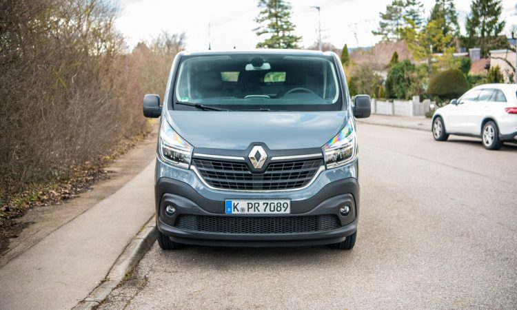 Neuer Renault Trafic 2020 L2H1 dCi 145 EDC im Alltagstest AUTOmativ.de Benjamin Brodbeck 18 750x450 - Neuer Renault Trafic (2020) L2H1 dCi 145 EDC im Alltagstest