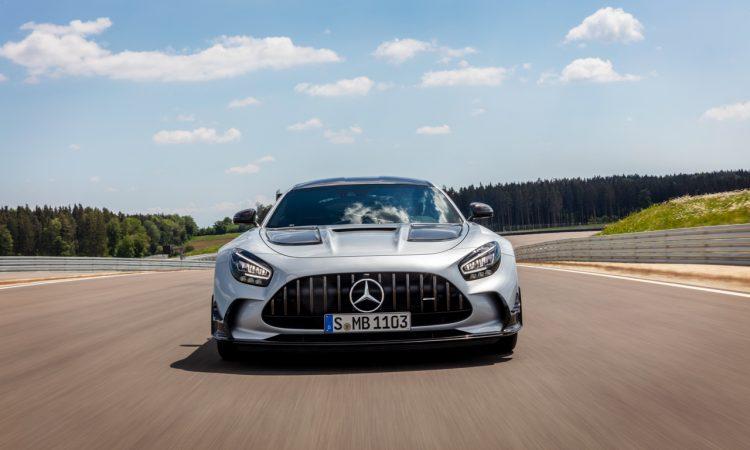 Mercedes AMG GT Black Series 3 750x450 - Mercedes-AMG GT Black Series - Why? Because Racecar!