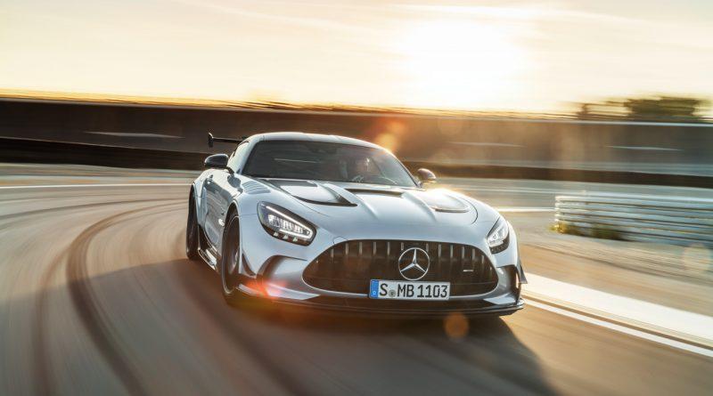 Mercedes AMG GT Black Series 9 800x445 - Mercedes-AMG GT Black Series - Why? Because Racecar!