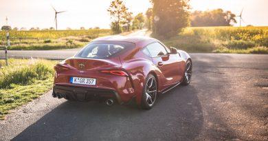Toyota GR Supra 3.0 2020 Sportwagen Test und Fahrbericht AUTOmativ.de Benjamin Brodbeck 4 390x205 - Toyota GR Supra 3.0 (2020): Zu viel BMW? 718-Alternative? Fahrbericht!