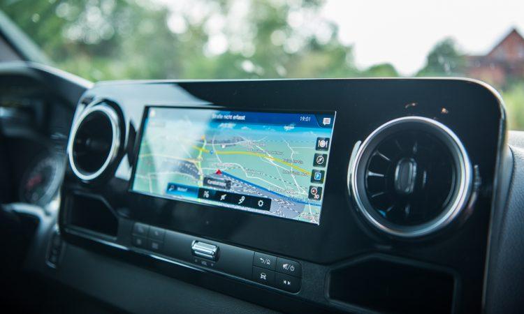 Mercedes Benz Sprinter 316 CDi Nutzfahrzeug Kastenwagen Test und Fahrbericht AUTOmativ.de Benjamin Brodbeck 65 750x450 - Praxistest Mercedes-Benz Sprinter 316 CDI: Multimedial und intuitiv - der beste Kastenwagen?