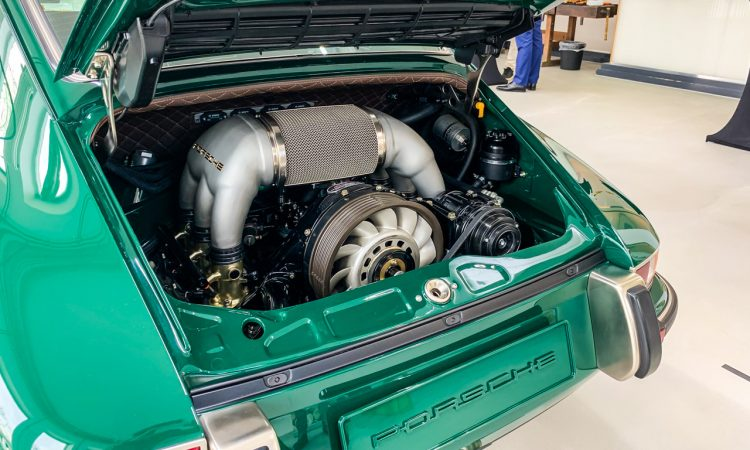 Porsche 911 Carrera reimagined by Singer 911 Vintage Cars Kussmaul GmbH AUTOmativ.de Benjamin Brodbeck 16 750x450 - Singer 911 DLS mit 4,0-Liter-Boxer: Feinste Porsche 964 Veredelung (Bildergalerie)