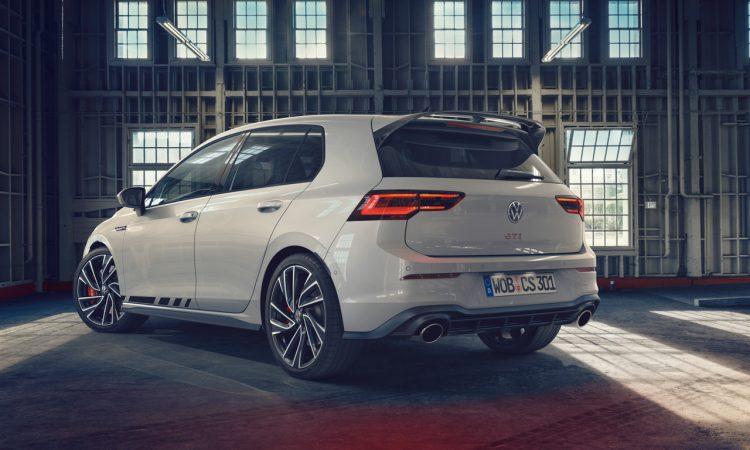 VW Golf 8 GTI Clubsport 7 750x450 - Neuer VW Golf 8 GTI Clubsport mit 300 PS!