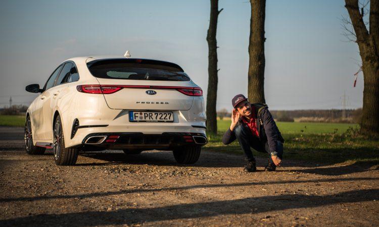 Kia Proceed GT 2020 Handschalter im Test und Fahrbericht Sound Technik Alltag AUTOmativ.de Benjamin Brodbeck 70 750x450 - Kia ProCeed GT 1.6 T-GDi als Handschalter im Fahrbericht: Mehr Spaß mit 6?