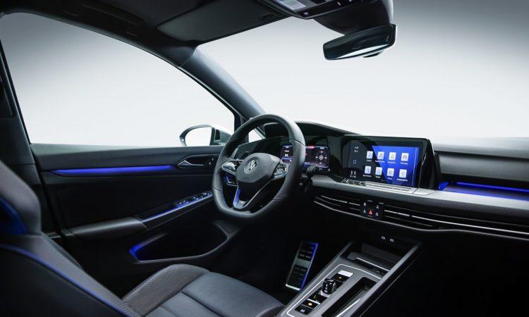VW Golf R 2021 kommt mit Torque Vectoring und Drift Mode AUTOmativ.de 6 750x450 - Neuer VW Golf R (2020) kommt mit 320 PS, Torque Vectoring und Drift Mode!