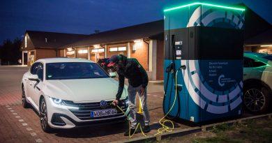 Volkswagen VW Arteon Shooting Brake eHybrid 1.4 TFSI im Test und Fahrbericht AUTOmativ.de Benjamin Brodbeck 7 390x205 - VW Arteon Shooting Brake eHybrid: Intelligentes Energie-Management mit Zieleingabe?