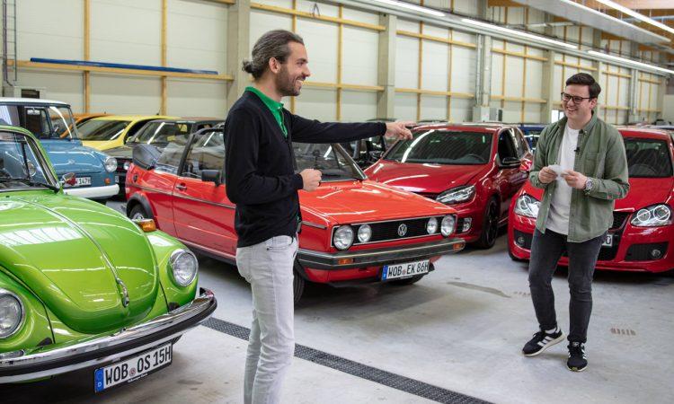 """Volkswagen VW Kaefer 1303 Cabriolet Golf 1 Cabriolet Erdbeerkoerbchen Ausfahrt Challenge AUTOmativ.de 9 750x450 - Wenn Cabrio, dann VW Käfer 1303 oder Golf 1 """"Erdbeerkörbchen""""?"""