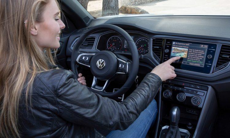 Volkswagen VW T Roc Cabriolet im Test und Fahrbericht 10 750x450 - VW T-Roc Cabriolet im Test: Der höhergelegte Golf für Sonnenanbeter