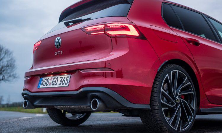 Volkswagen VW Golf 8 GTI 2020 Handschalter Kings Red Beschleunigung Fahrwerk DCC Test und Fahrbericht AUTOmativ.de Test 43 750x450 - Fahrbericht VW Golf 8 GTI Handschalter: Rot wie ein König