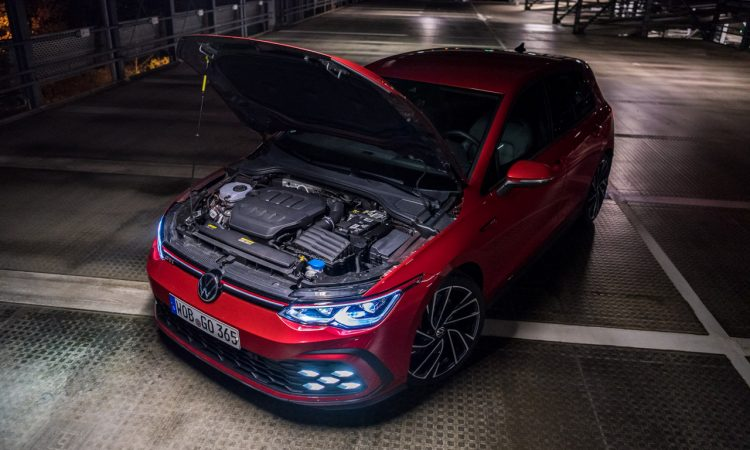 Volkswagen VW Golf 8 GTI 2020 Handschalter Kings Red Beschleunigung Fahrwerk DCC Test und Fahrbericht AUTOmativ.de Test 52 750x450 - Fahrbericht VW Golf 8 GTI Handschalter: Rot wie ein König