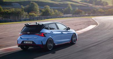 Hyundai i20N startet bei rund 28.000 Euro 5 390x205 - Hyundai i20 N (2021): Preise starten bei rund 28.000 Euro