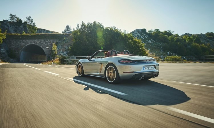 Porsche Boxster 25 Jahre limitiertes Jubilaeumsmodell 15 750x450 - Porsche Boxster 25 Jahre: Limitiertes Jubiläumsmodell mit goldenen Applikationen