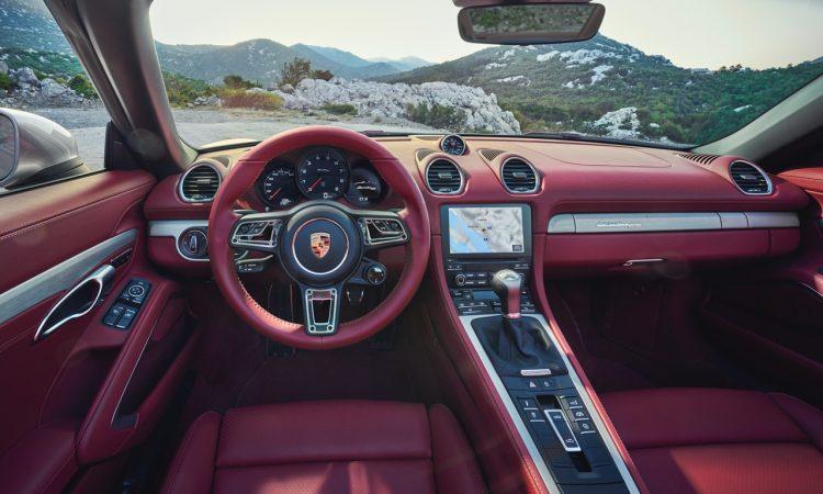 Porsche Boxster 25 Jahre limitiertes Jubilaeumsmodell 2 750x450 - Porsche Boxster 25 Jahre: Limitiertes Jubiläumsmodell mit goldenen Applikationen