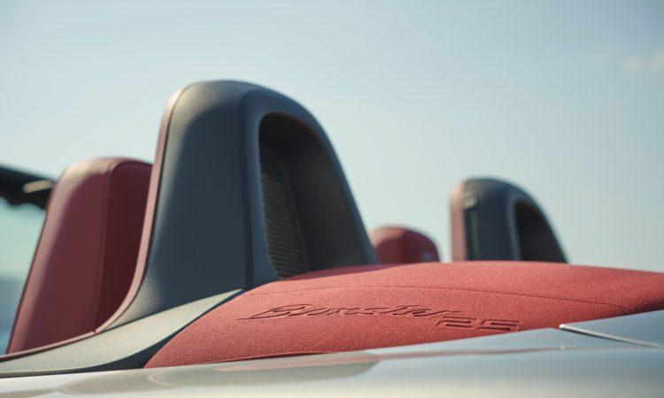 Porsche Boxster 25 Jahre limitiertes Jubilaeumsmodell 7 750x450 - Porsche Boxster 25 Jahre: Limitiertes Jubiläumsmodell mit goldenen Applikationen