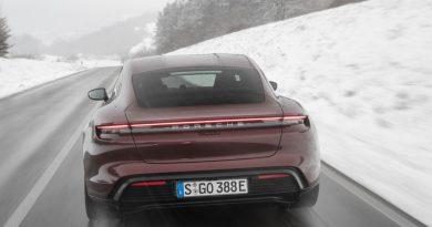 Porsche Taycan jetzt auch als 476 PS starker Hecktriebler