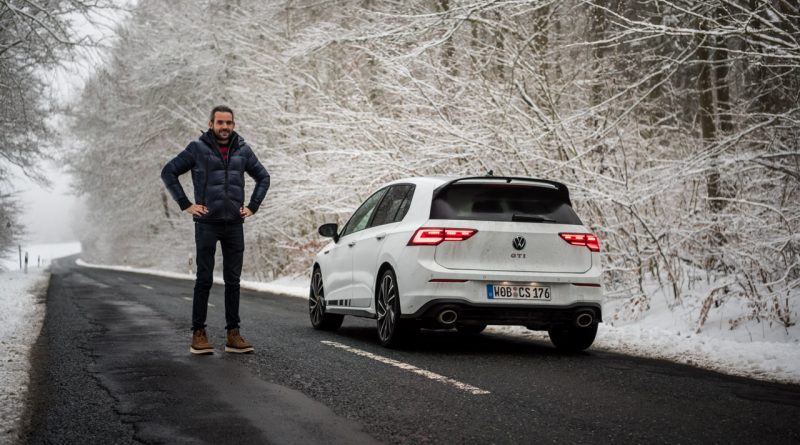 VW Golf 8 GTI Clubsport 2021 im Test und Fahrbericht 300 PS Lohnt es sich Golf GTI AUTOmativ.de Benjamin Brodbeck COVER 41 800x445 - Fahrbericht VW Golf 8 GTI Clubsport: Das ist der Echte!