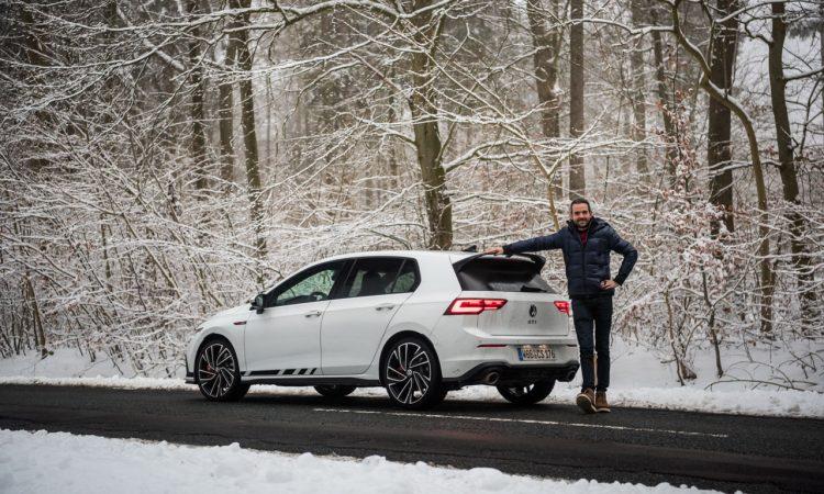 VW Golf 8 GTI Clubsport 2021 im Test und Fahrbericht 300 PS Lohnt es sich Golf GTI AUTOmativ.de Benjamin Brodbeck COVER 45 750x450 - Fahrbericht VW Golf 8 GTI Clubsport: Das ist der Echte!