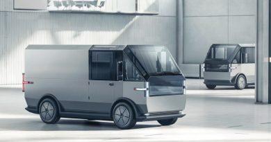 Canoo Fully Electric Multi Purpose Delivery Vehicle MPDV Transporter Elektro Van AUTOmativ.de 11 390x205 - Canoo MPDV: Coolster elektrischer US-Transporter kommt von Canoo!