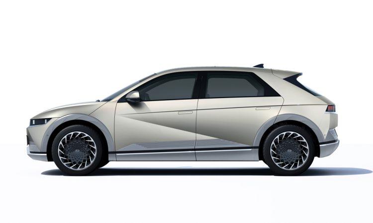Hyundai Ioniq 5 2022 AUTOmativ.de 3 750x450 - Neuer Hyundai Ioniq 5 (2022): Wunderschön-Werk der Technik