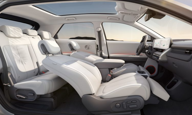 Hyundai Ioniq 5 2022 AUTOmativ.de 5 750x450 - Neuer Hyundai Ioniq 5 (2022): Wunderschön-Werk der Technik