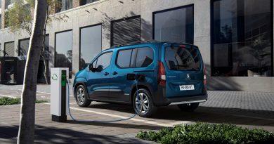 Peugeot e Rifter 2021 1 390x205 - Neuer Peugeot e-Rifter: Jetzt wird's elektrisch
