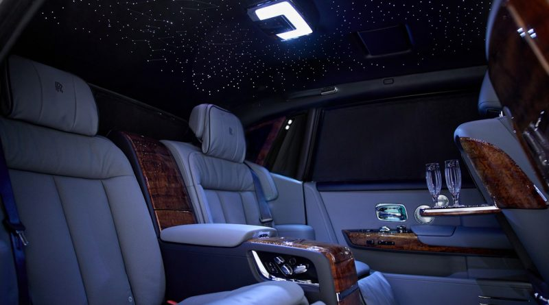 Rolls Royce Koa Phantom 2021 1 800x445 - Atemberaubender Luxus mit Koa-Holz: Rolls-Royce Phantom von Jack Boyd Smith