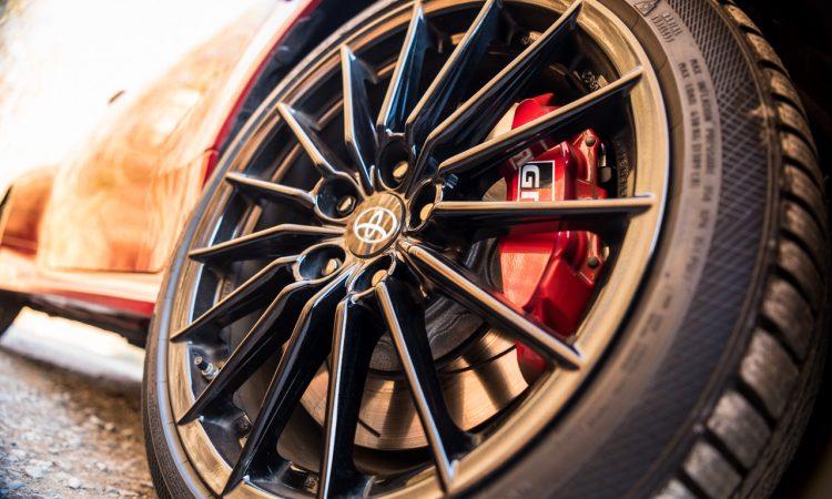 Toyota GR Yaris 2021 261 PS Allrad Karmina Rot Test und Fahrbericht WRC AUTOmativ.de Benjamin Brodbeck 11 750x450 - Toyota GR Yaris (2021) im Test und Deep-Dive: WRC-Rallyeauto für alle!