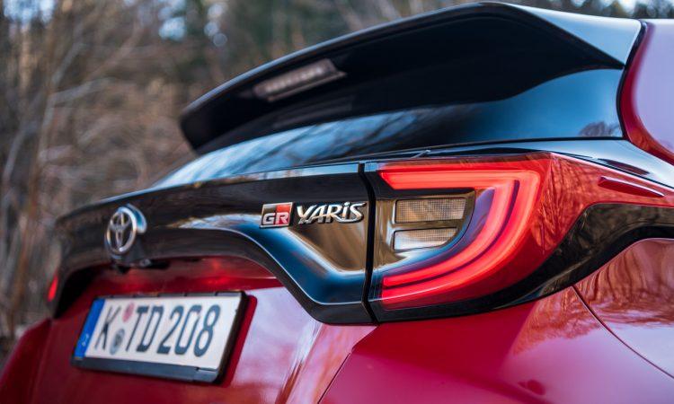 Toyota GR Yaris 2021 261 PS Allrad Karmina Rot Test und Fahrbericht WRC AUTOmativ.de Benjamin Brodbeck 26 750x450 - Toyota GR Yaris (2021) im Test und Deep-Dive: WRC-Rallyeauto für alle!