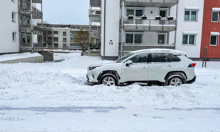Toyota RAV4 Plug in Hybrid PHEV Test Fahrbericht AUTOmativ.de 37 750x450 - Fahrbericht Toyota RAV4 PHEV: 306 PS-Hybrid-SUV perfekt für den Winter?