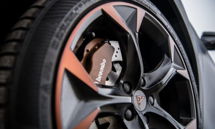 VW Golf 8 R vs. Cupra Formentor VZ 71 750x450 - Fahrbericht Cupra Formentor VZ: Performance-MQB-SUV auf der Überholspur