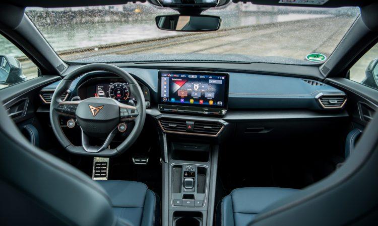 VW Golf 8 R vs. Cupra Formentor VZ 76 750x450 - Fahrbericht Cupra Formentor VZ: Performance-MQB-SUV auf der Überholspur