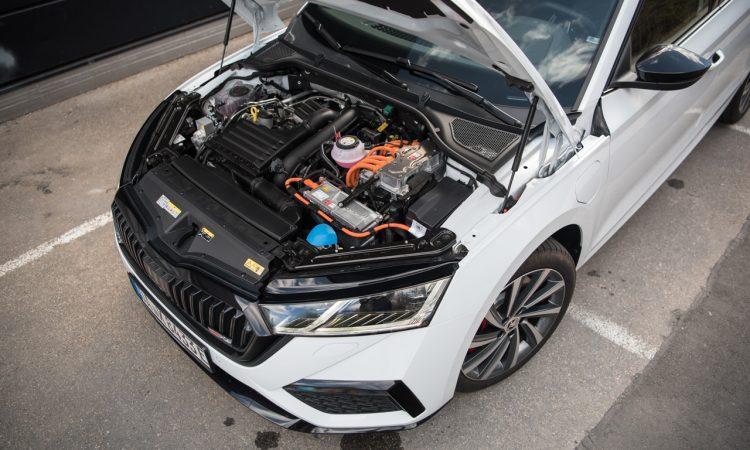 Skoda Octavia RS iV PHEV WIRKLICH ein RS Fahrdynamik Ausstattung Test mit Benjamin Brodbeck 8 750x450 - Skoda Octavia RS iV (2021): Sportlich dank Plug-in Hybrid
