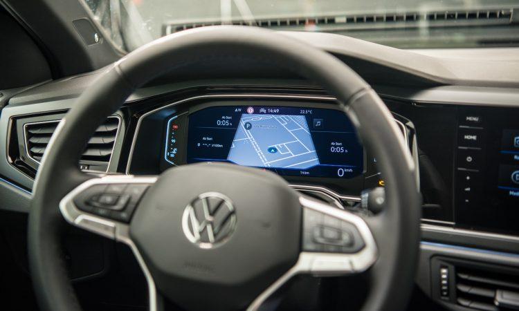 Volkswagen VW Polo R Line und Style 2022 Review mit Assistenz Ausstattung Optik Exterieur Qualitaet Vorstellung Review AUTOmativ.de Benjamin Brodbeck 8 750x450 - VW Polo mit umfangreichem Update: Digitales Cockpit, Travel Assist - kein Diesel mehr