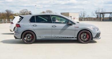 "Volkswagen VW Golf GTI Clubsport 45 Test Review Fahrbericht AUTOmativ.de Benjamin Brodbeck 1 390x205 - Test des VW Golf GTI ""Clubsport 45"": Besonders oder zu wenig?"