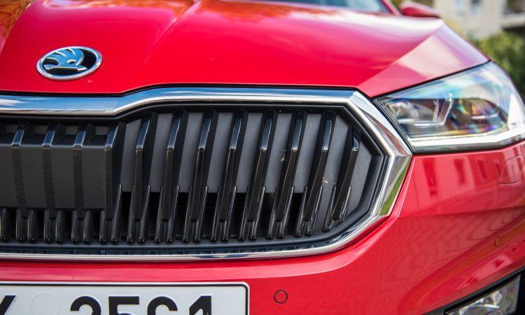 Skoda Fabia 1.0 TSI Style 81 kW Velvet Rot Fahrbericht Test Review AUTOmativ.de Benjamin Brodbeck 6 750x450 - Fahrbericht neuer Skoda Fabia (1.0 TSI): Cleverster Kleinwagen überhaupt?